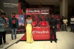 Mandira-Bedi-posing-at-Hey-BnB-stall-Nitesh-HUB-