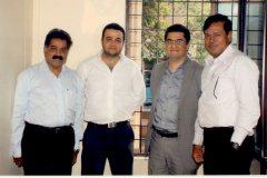 (From L-R) : Mr. Vaidyanathan, Mr. Zain Thanawalla, Mr. Mansoor Kazerouni and Brig. Samuel at the signing of the Ali Asker RoadJoint Venture.